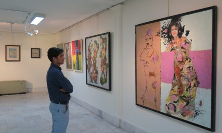 نمایشگاه هنرهای تجسمی هنرمندان شهرستان مرند