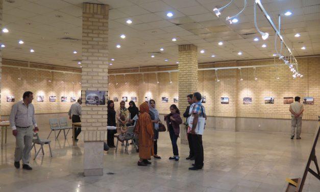 نمایشگاه عکس هنرجویان نوجوان انجمن هنر عکاسی استان افتتاح شد.