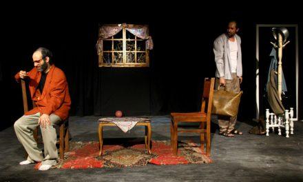 نمایش تمام من همه عدو در دومین جشنواره تئاتر فجر استانی آذربایجانشرقی به روی صحنه رفت.