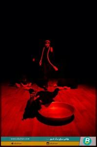 نمایش شبی به رنگ خون04