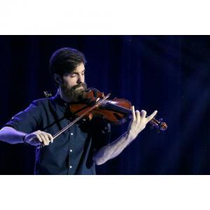 تصویری از  کنسرت علی زند وکیلی 15